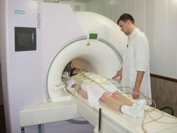 Проведение МРТ при инфаркте мозга